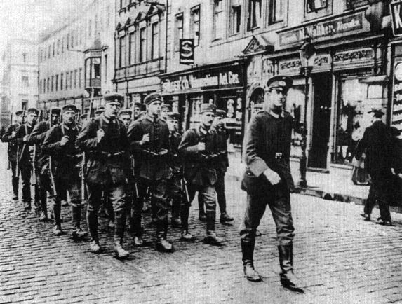 jan 1923 invasion of the ruhr In january 1923 the french government claimed that germany had defaulted on reparations - and, together with the belgians, they occupied the ruhr.