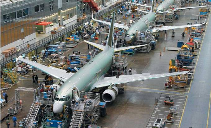 airbus and boeing product development strategy
